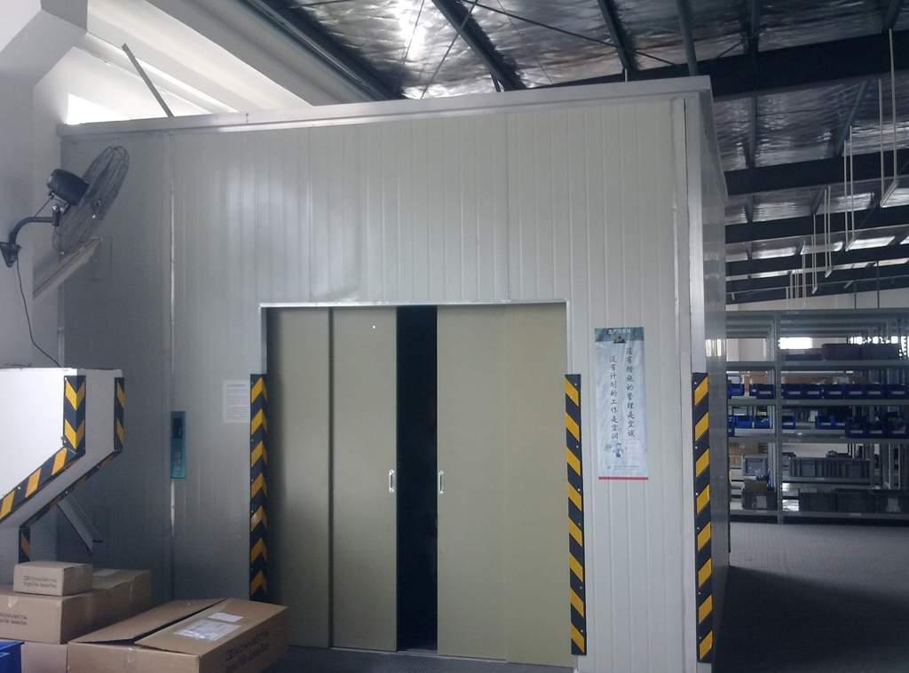 液压电梯,济南龙豪液压www.jnlonghao.com 济南龙豪液压机械