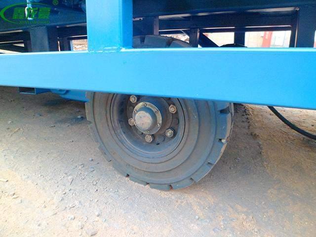 移动登车桥轮胎